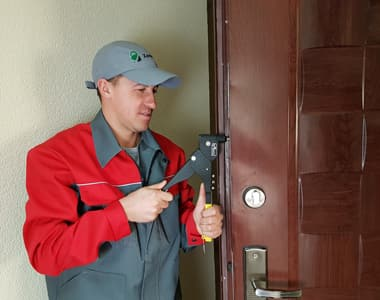 ремонт дверей в лобне